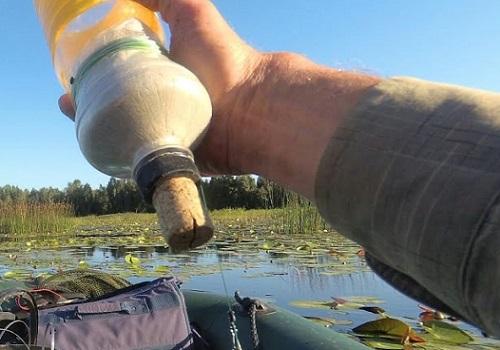 лодка и бутылка