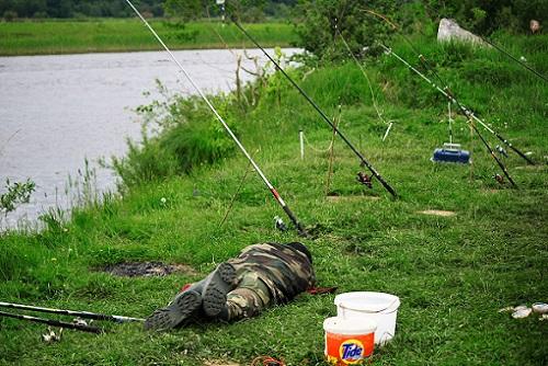 рыбак и клев